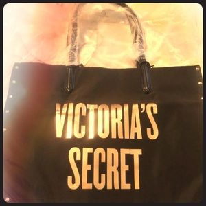 New with tags Victoria secret studded tote